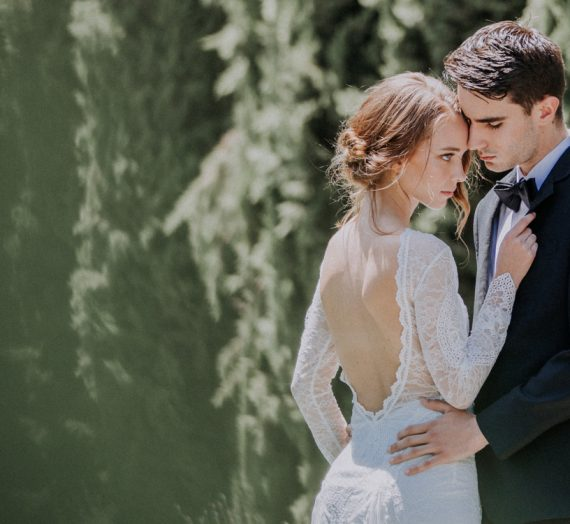 Luxury Meets Dreamy Mansion Wedding Inspiration