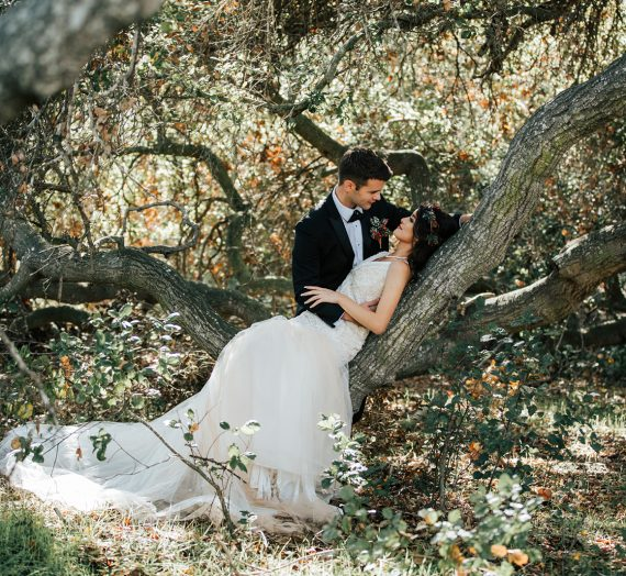 A Winter Wonderland Wedding Inspiration in the Woods